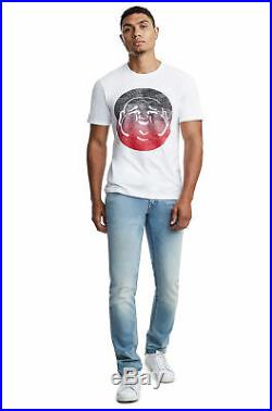 True Religion Men's Skinny Fit Stretch Jeans with Flap Pockets in Grateful Denim